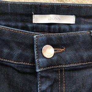 Hugo Boss Nelin Straight Midrise Jeans 28